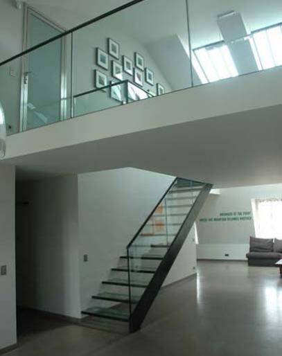 Index of /escaliers-droit-et-tournant/15_creation-design-escalier ...